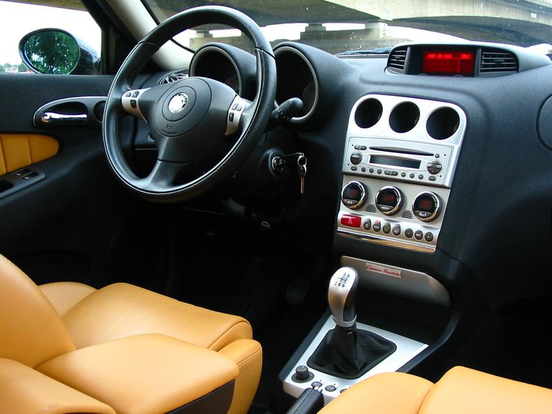 Alfa Romeo GT (2003-11) (3)