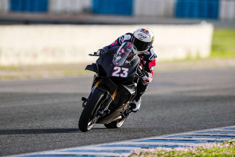 MotoGP. Piloti Ducati al completo sulla Panigale V4 [GALLERY]