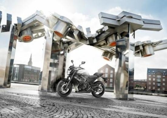 Yamaha, arrivano XJ6 SP e kit per neopatentati