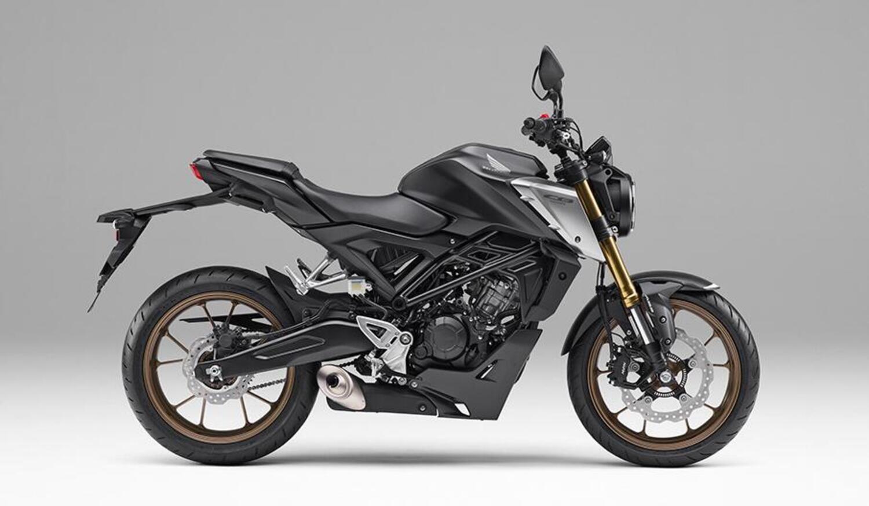 Honda CB125R: tre livree per il mercato giapponese
