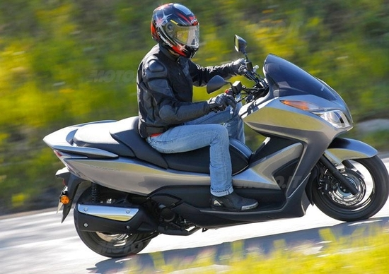 Prova Honda Forza 300 Abs Prove Motoit
