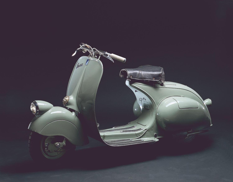 Tanti Auguri Vespa! Lo scooter più famoso al mondo compie 75 anni [GALLERY]