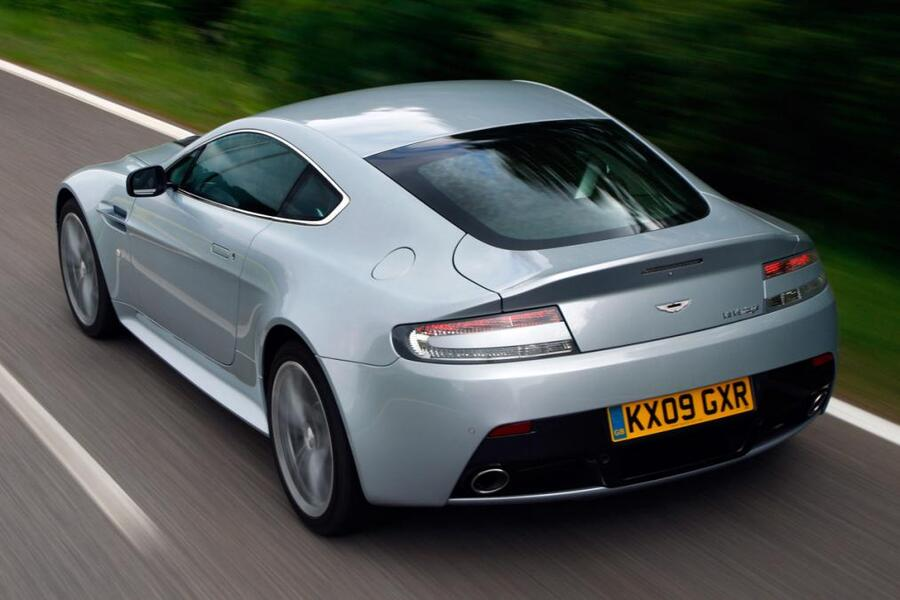Aston Martin V12 Coupé (2001->>) (2)