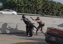 Guardie e ladri: il motociclista arrestato al volo [VIDEO VIRALE]