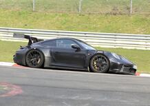 Porsche 911 GT3 RS, le foto spia al Nürburgring