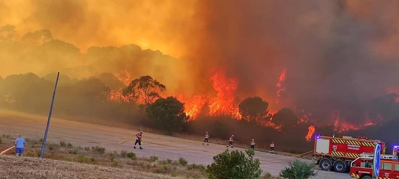 Grave incendio nei pressi dell'Autodromo di Portimao