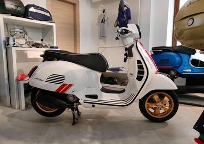 Vespa GTS 300 Super Racing Sixties Hpe (2021) - Annuncio 8419577