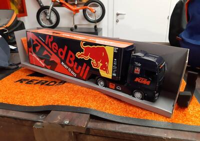 Red bull Truck Ktm - Annuncio 8421600