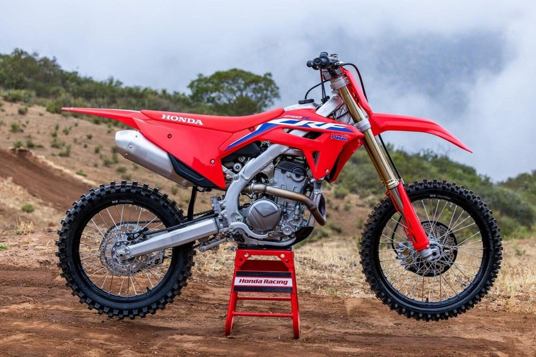 Honda CRF250R: ecco la 2022. Foto e dati