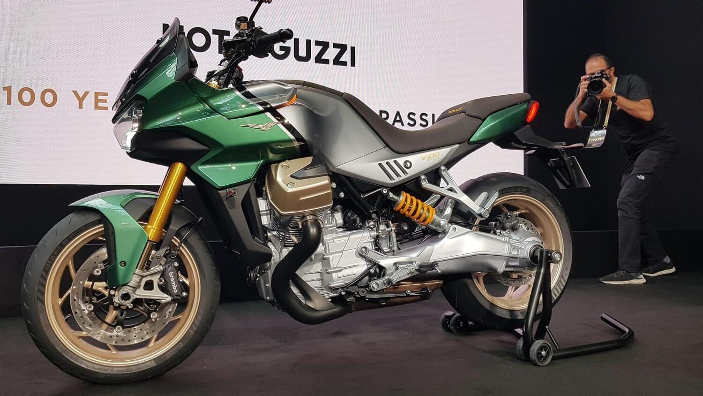 Nuova Moto Guzzi V100 Mandello, foto definitive e video!