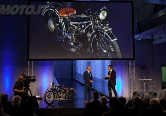 BMW Motorrad, una strada lunga 90 anni