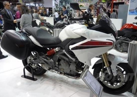 EICMA 2013. Benelli BN 600 GT