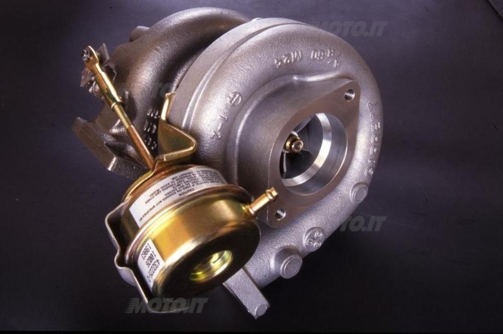 I moderni turbocompressori sono dei capolavori di tecnologia. Sulle auto sono popolarissimi. A quando l'affermazione in campo moto?