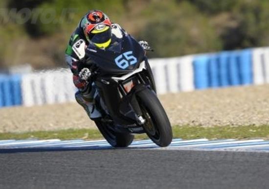 Tom Sykes mette tutti in fila nei test SBK di Jerez