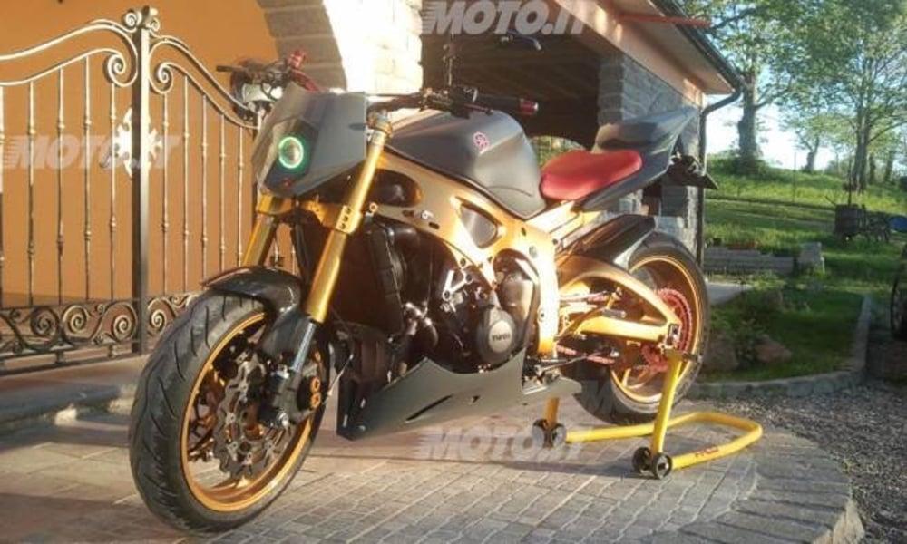 Le strane di Moto.it: Ducati ST2 Naked - News - Moto.it