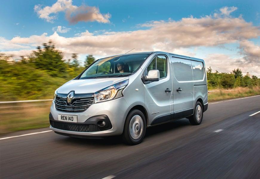 Renault Trafic Furgone (2)
