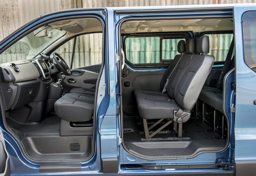 Renault Trafic Furgone (4)