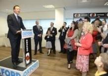 Il Primo Ministro Cameron all'apertura della nuova sede Oxford Products