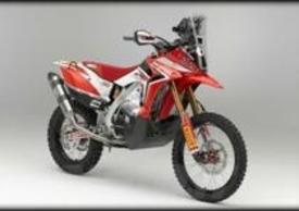Moto.it a gennaio anticipava la linea della futura Africa Twin, chiaramente ispirata alla Rally 2013
