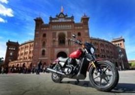 La nuova Street 750 si rivolge ai giovani biker che sognano le moto americane