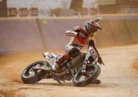Marquez impegnato nel dirt track