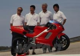 La NR750 in vendita nel suo momento di gloria: la conquista dei record mondiali a Nardò