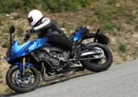 Apprezzabile l'ergonomia di entrambe le moto, e ci mancherebbe anche perché sotto questo aspetto sono identiche