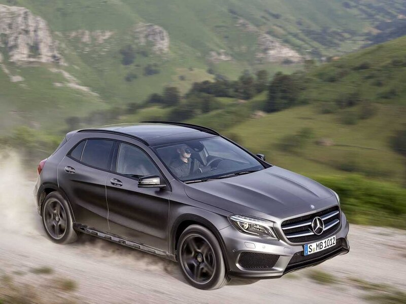 Mercedes-Benz GLA 180 Executive (2)
