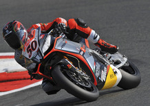Guintoli in testa alle prove SBK a Magny-Cours