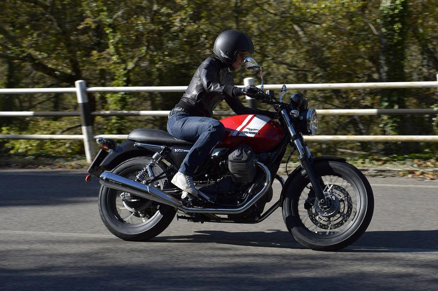 prova moto guzzi v7 ii stone, special e racer - prove - moto.it