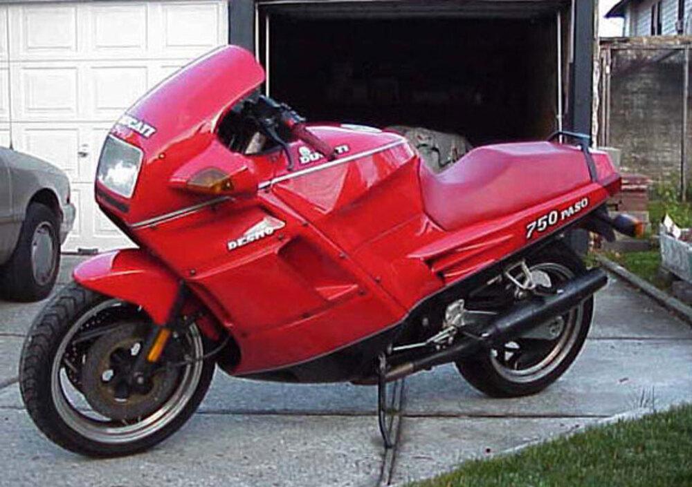 Ducati 750 Paso (1986 - 88)