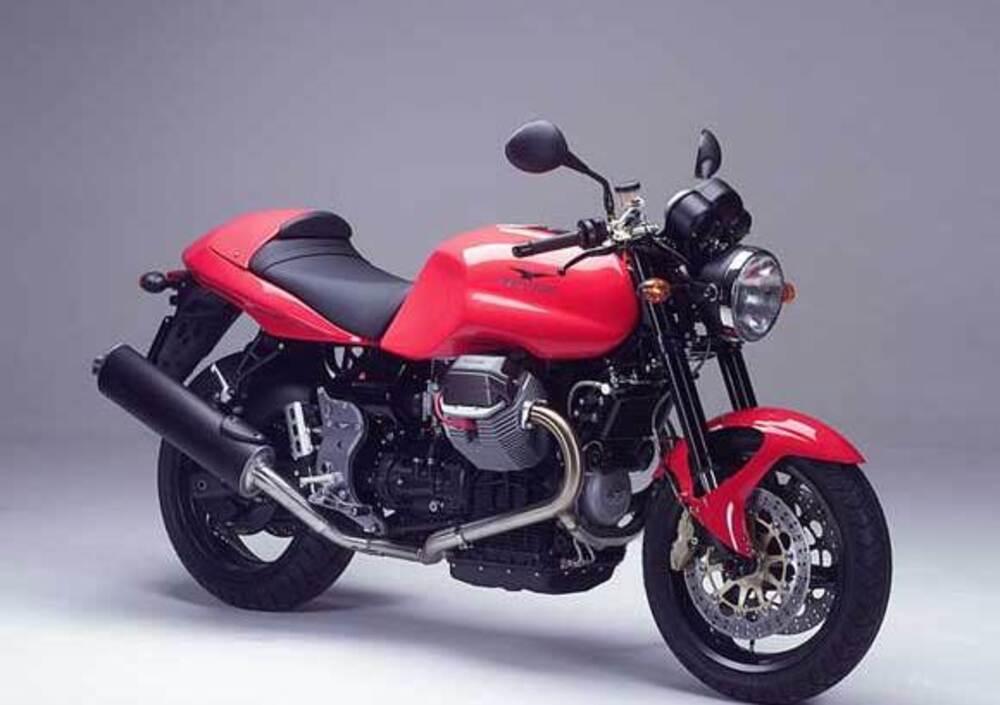 2003 Moto Guzzi V11 Sport Naked - Moto.ZombDrive.COM