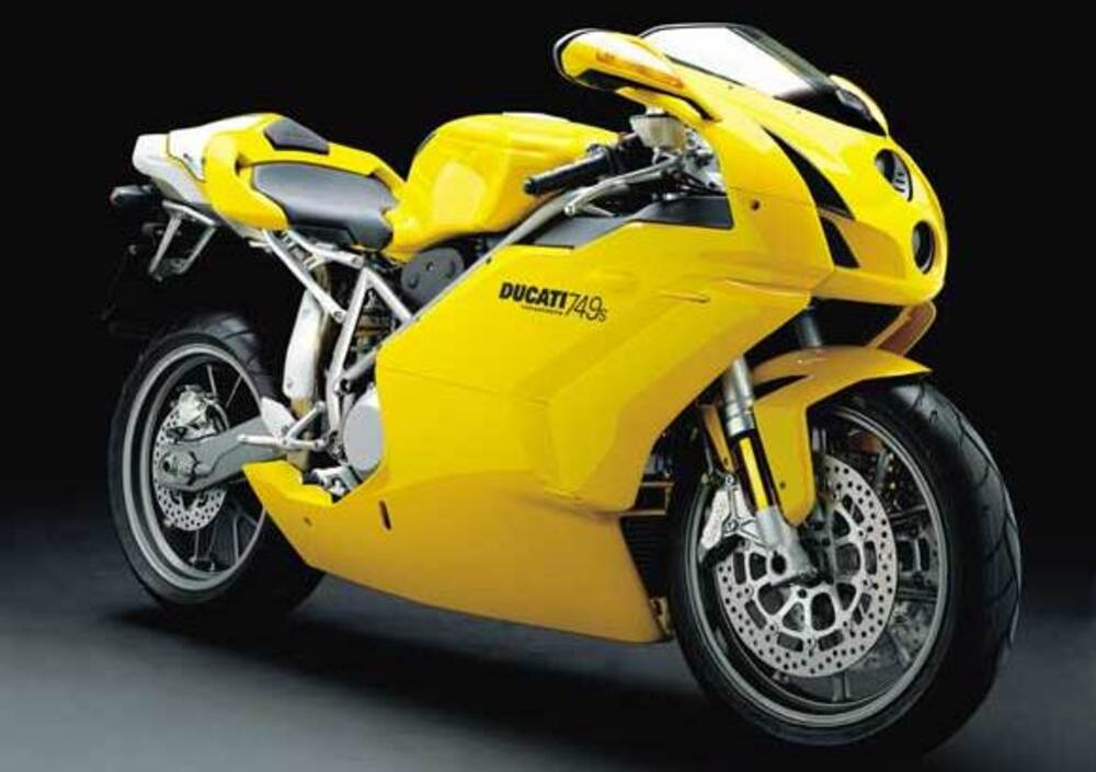 Ducati 749 S (2004 - 07)