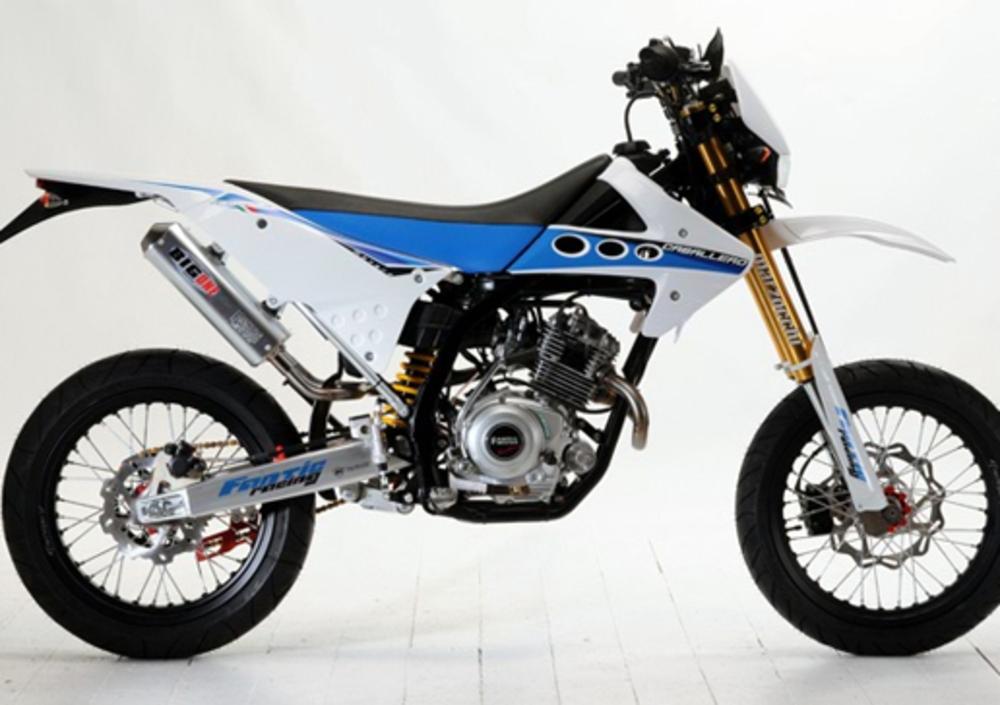 fantic motor caballero motard 125 ac 2009 11 prezzo e scheda tecnica. Black Bedroom Furniture Sets. Home Design Ideas