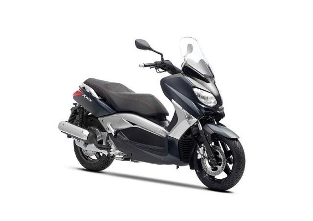 Yamaha X-Max 250 (2010 - 13) (2)