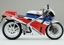 Honda VFR 400 - NC 30