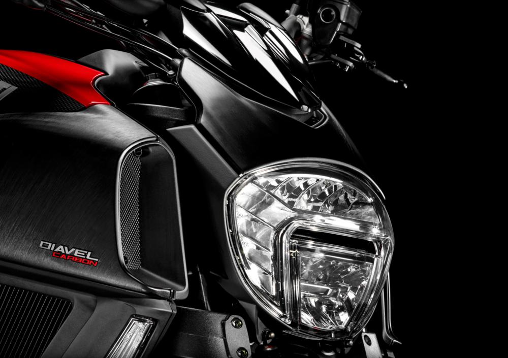 Ducati Diavel Carbon (2014 - 16)