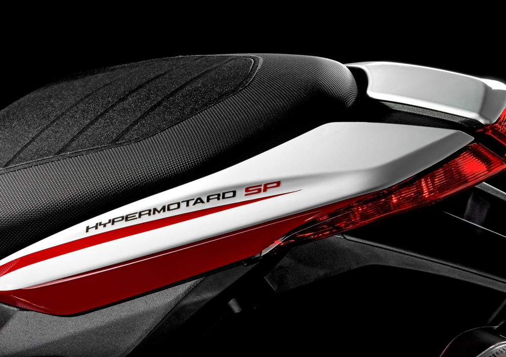 Ducati Hypermotard SP (2013 - 15) (4)
