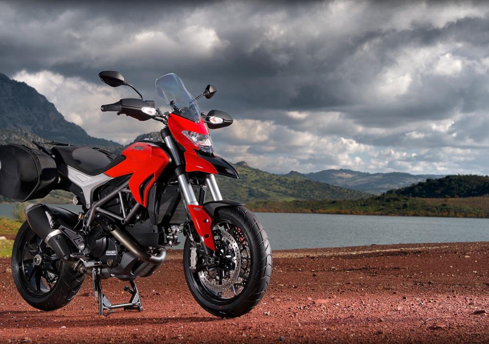 Ducati Hyperstrada 821 (2013 - 15) (3)