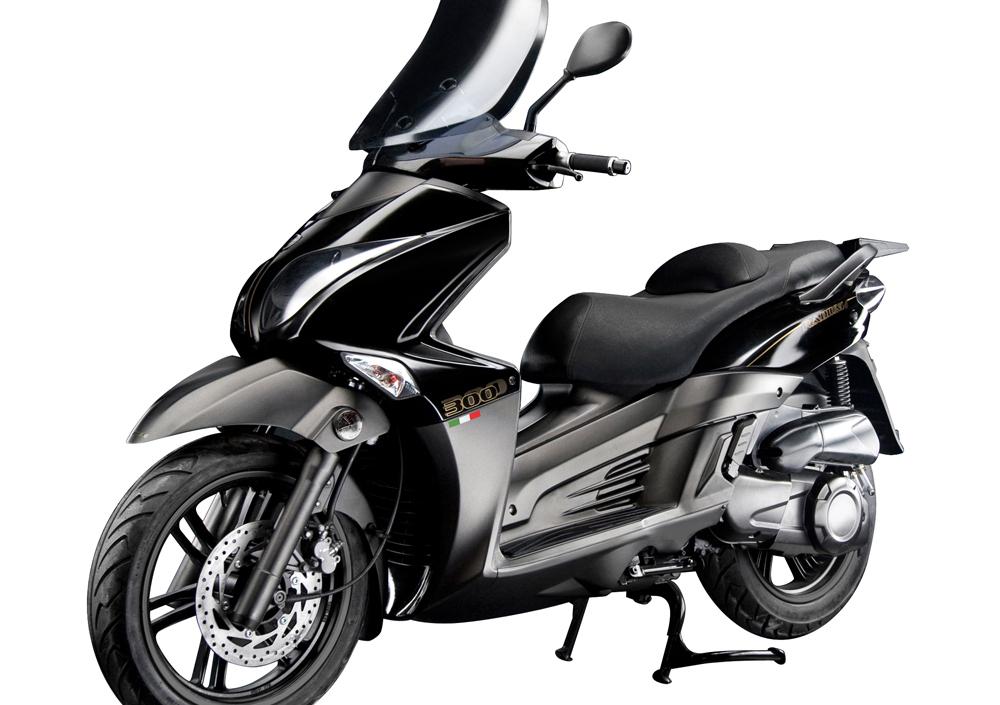 Innocenti Moto Radium 300 (2014 - 17) (2)