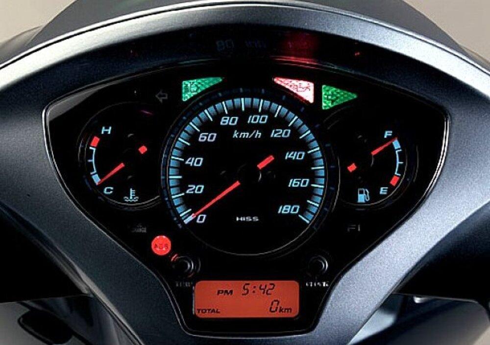 Honda SH 300 i ABS (2013 - 14) (5)