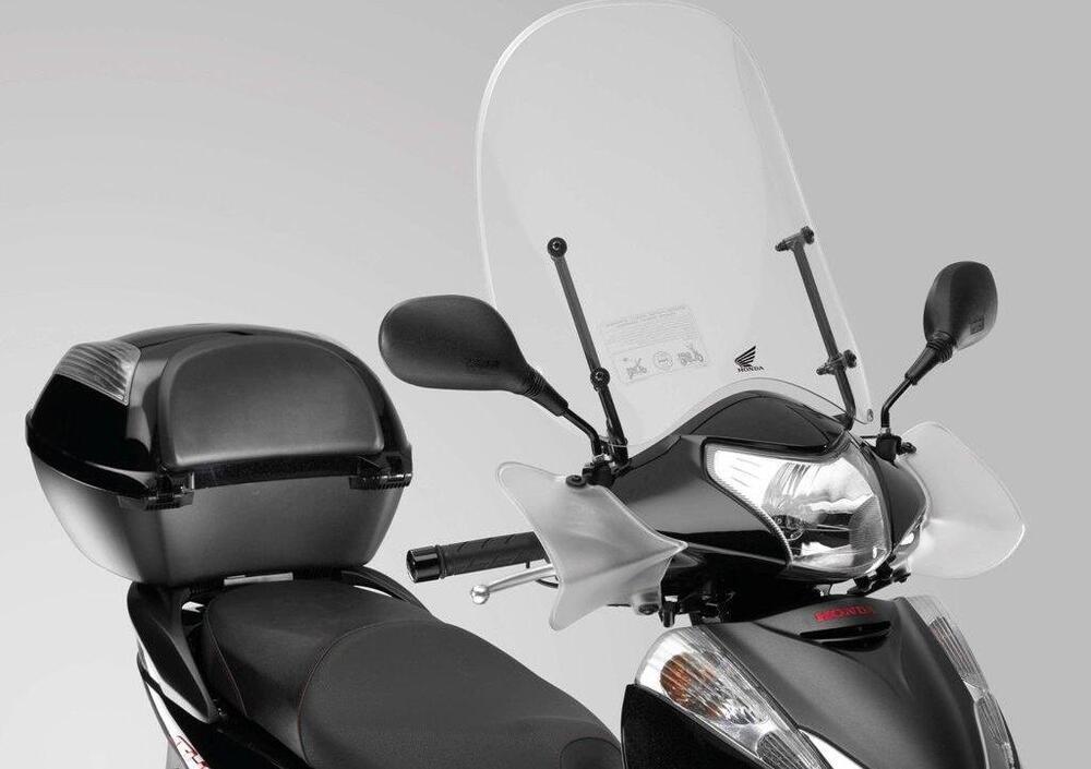 Honda SH 300 i ABS (2013 - 14) (2)