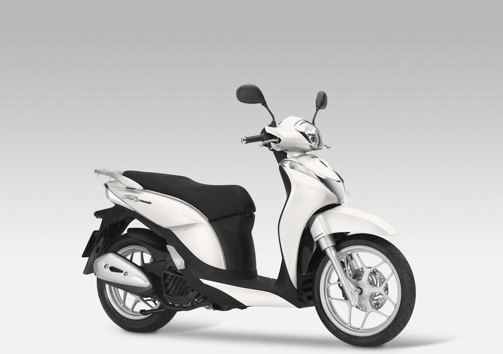 Honda SH Mode 125 (2013 -16) (3)