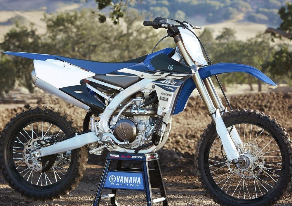 Yamaha YZ 450 F (2015) (5)