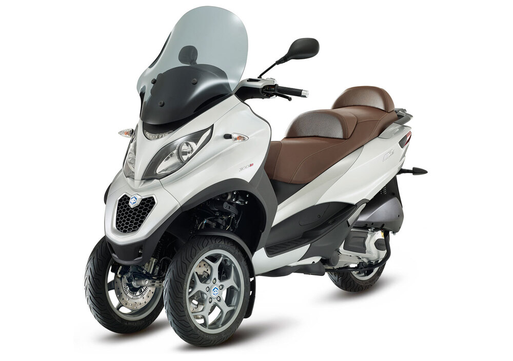 Piaggio Mp3 300 ie Business LT ABS (2014 - 16) (4)
