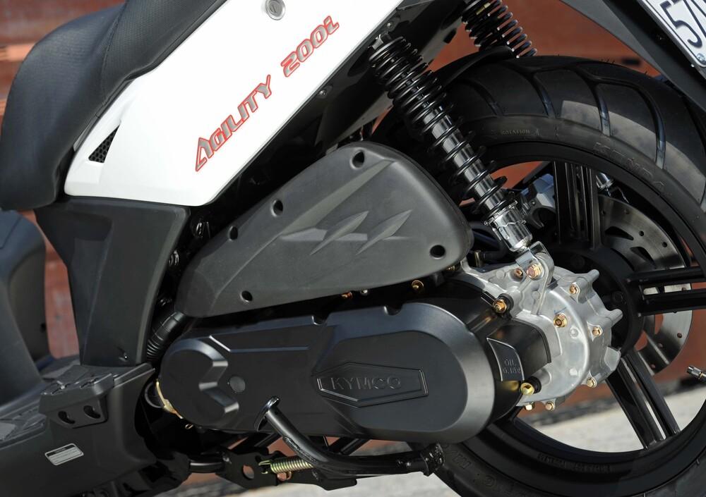 Kymco Agility 200i R16 (2008 - 16) (5)