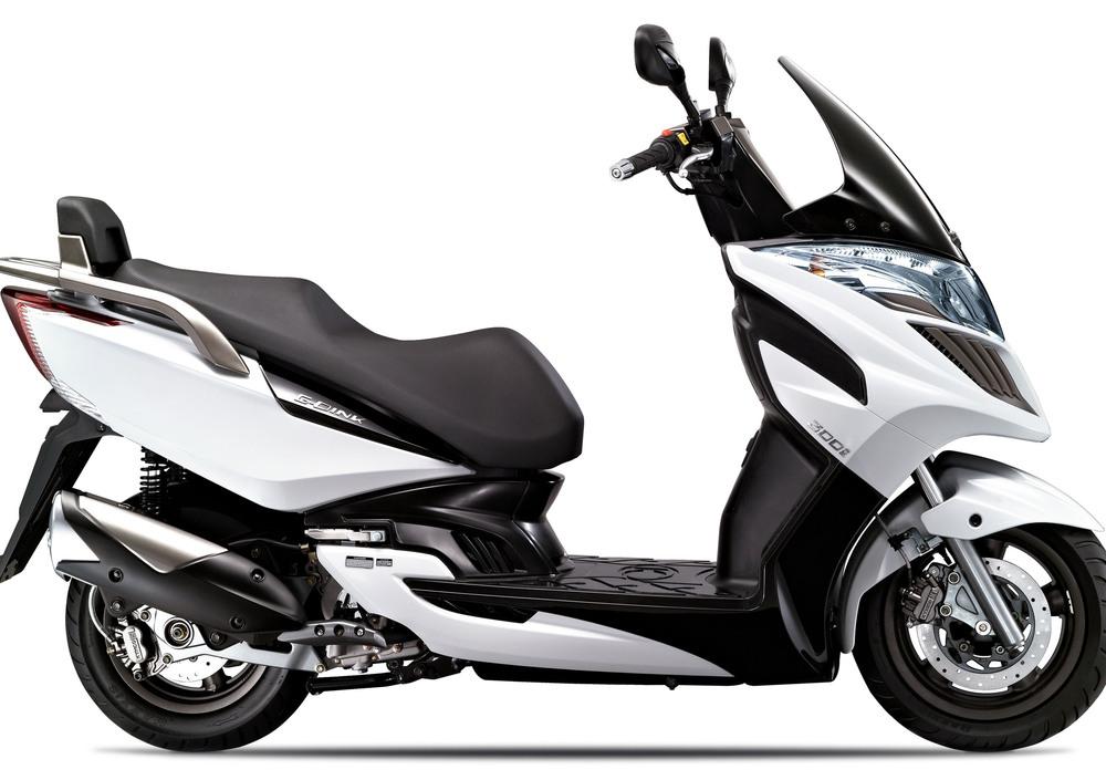 Kymco G-Dink 300i (2011 - 17) (4)