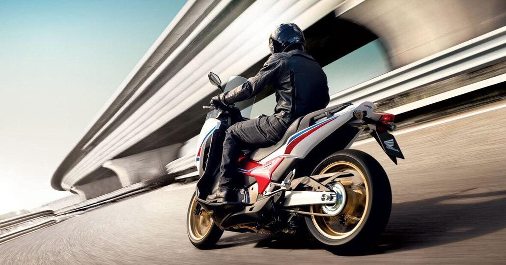 Honda Integra, assicurazione compresa nel prezzo