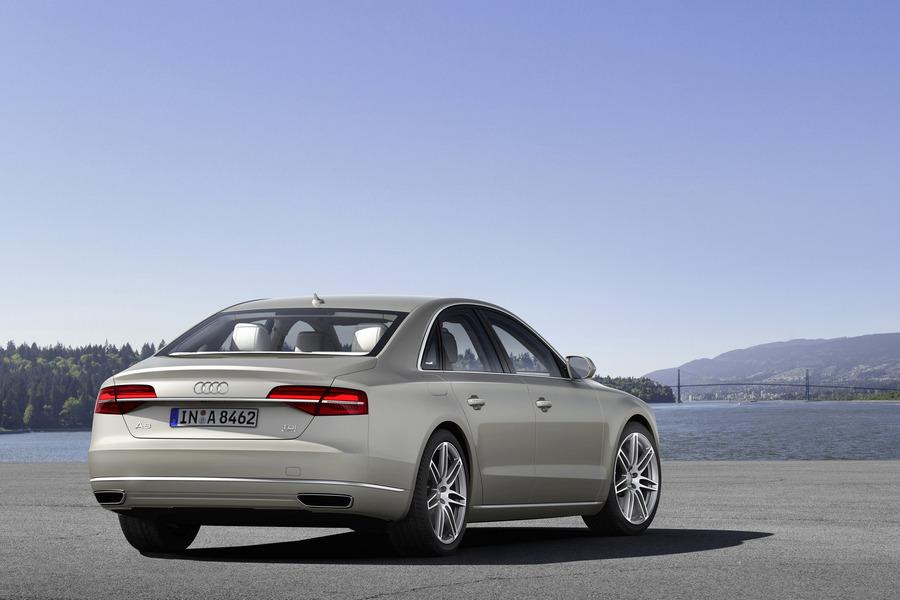 Audi A8 (2009->>) (2)