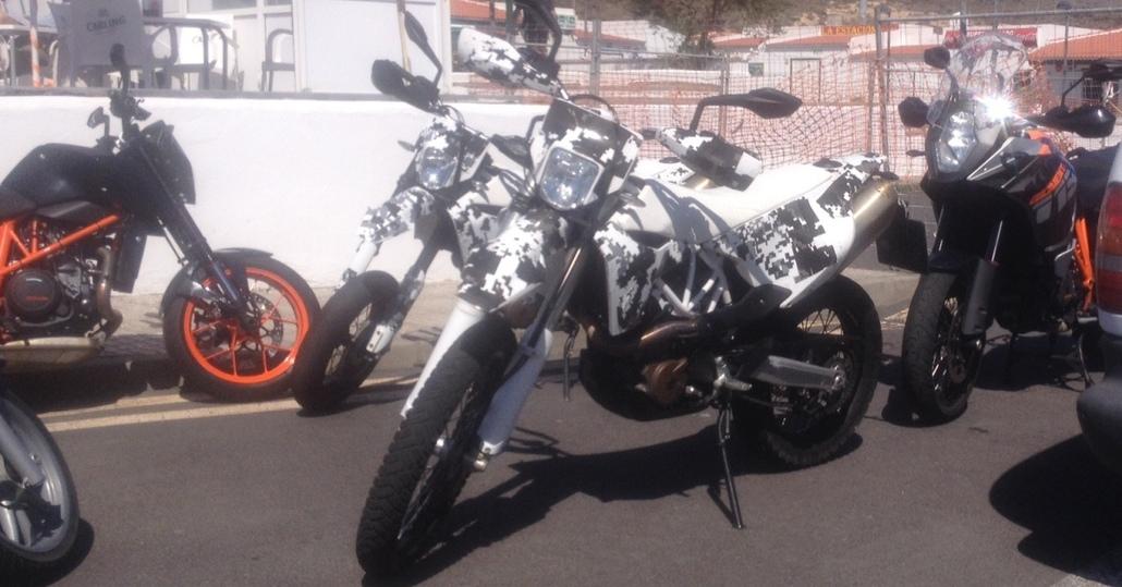 Foto spia: Husqvarna 701 ed Enduro 690 in test